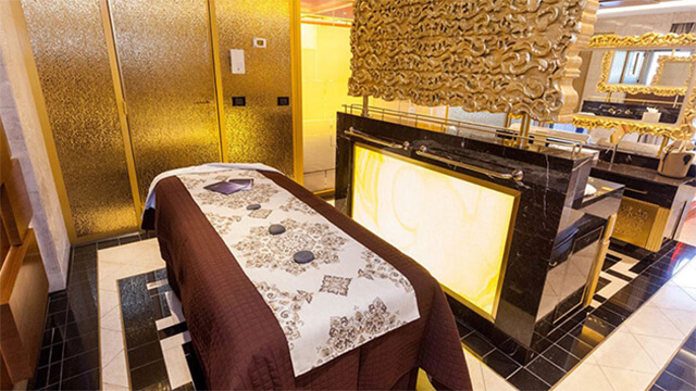 10 Most Romantic Cruise Ship Cabins