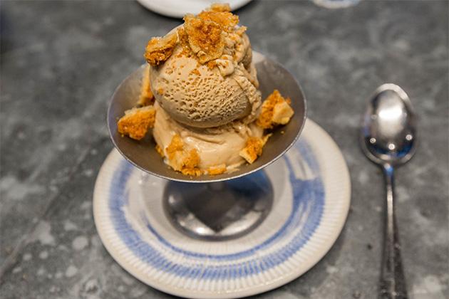 Gelato dessert