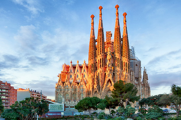 La Sagrada Familia illuminated by sunset