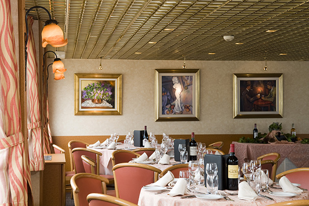 CroisiEurope's Loire Princesse Dining Room