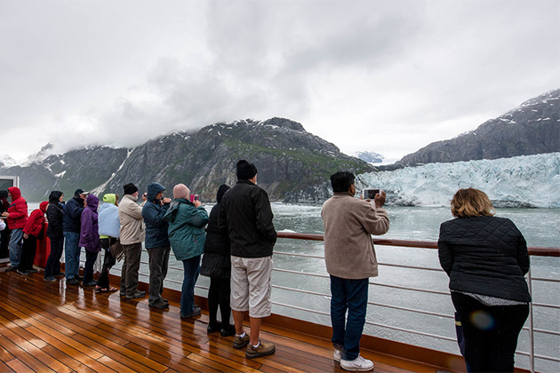 Noordam passengers on an Alaska cruise