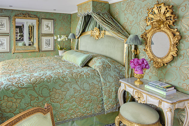 Green linen suite on the S.S. Maria Theresa