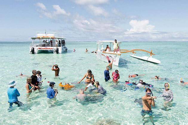 Windstar passengers snorkeling in Bora Bora