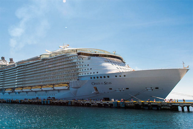 Exterior of Royal Caribbean's Oasis of the Seas