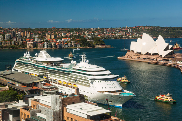 Cruise ships in Sydney Harbour