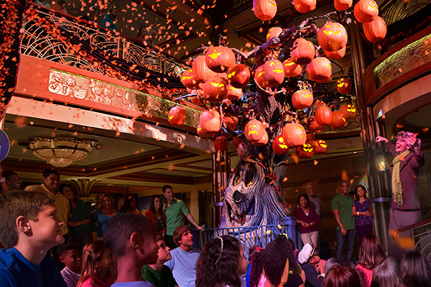 Halloween on the High Seas – The Pumpkin Tree aboard the Disney Dream
