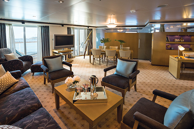 Master suite on Seven Seas Voyager