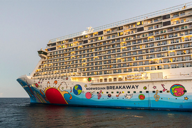 Exterior shot of Norwegian Breakaway