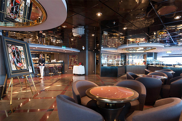 The Yacht Club's Top Sail Lounge on MSC Divina
