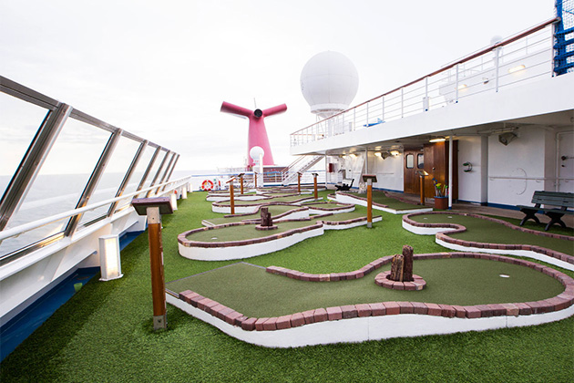 Mini-Golf on Carnival Triumph