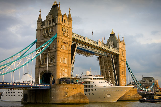 Cruise ship passing London's Tower Bridge