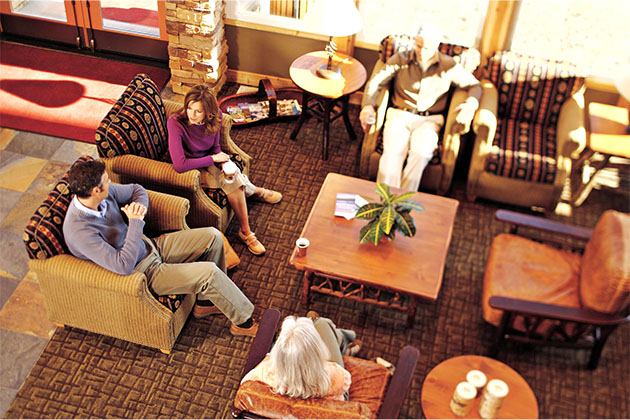 McKinley Chalet Resort Lounge