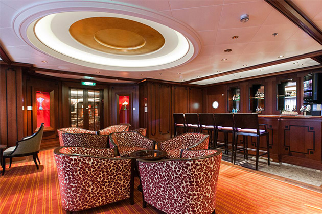 Michael's Club on Celebrity Equinox