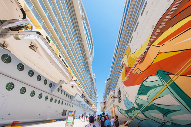 Oasis of the Seas and Norwegian Getaway in Cozumel