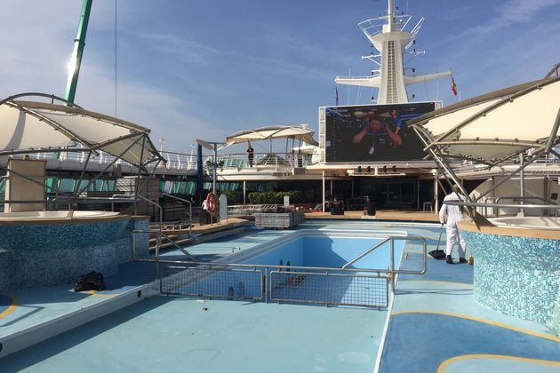Pool deck movie screen on TUI Discovery