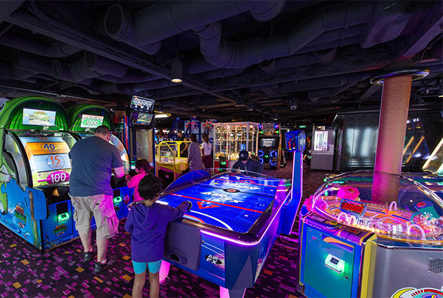 Video Arcade on Norwegian Escape