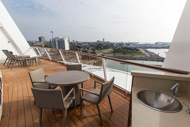 The Royal Loft Suite with Balcony on Anthem of the Seas