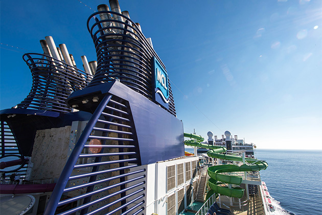 Norwegian Epic funnel and waterpark