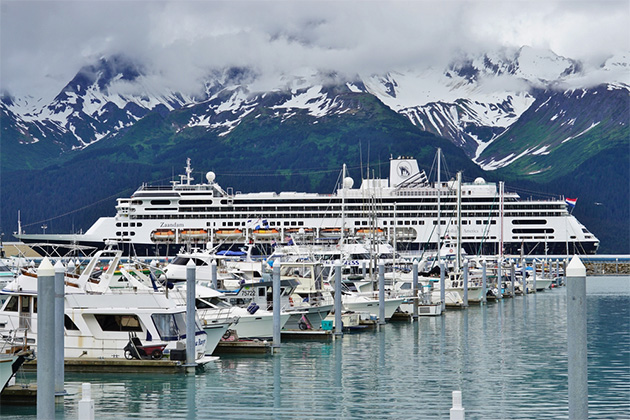 Boats in the Seward harbor, departure point for many cruises in the Alaskan fjords in the Kenai Peninsula.