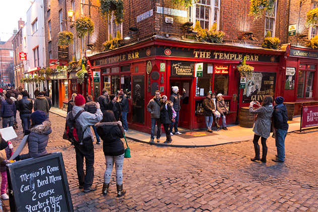 Exterior shot of The Temple Bar in Dublin at sunset