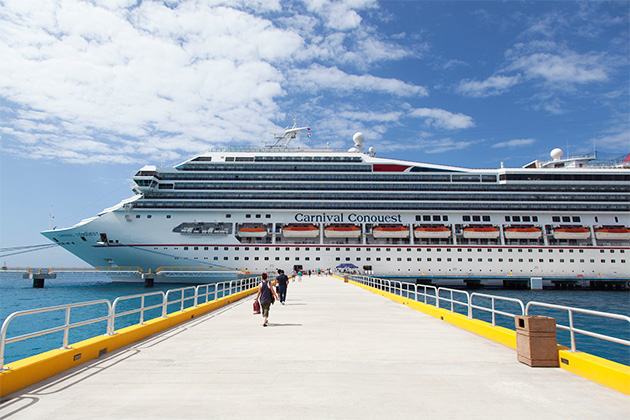Carnival Conquest in Cozumel