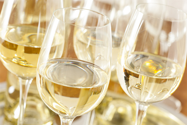 Several glasses on Sauvignon blanc