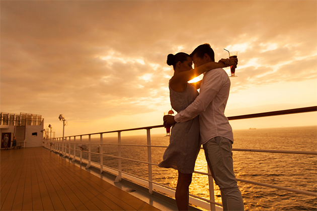7 reasons why cruises are romantic cruise critic for Couples long weekend getaway