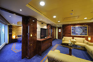 A Yacht Club Royal Suites on MSC