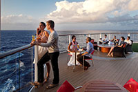 celebrity-solstice-sunset-bar