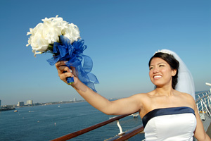 Cruise-weddings-bride