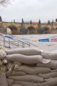prague-flood-defense
