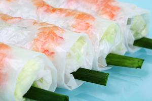seafood-spring-rolls-come-aboard-cruise-holland-america-zaandam-asia