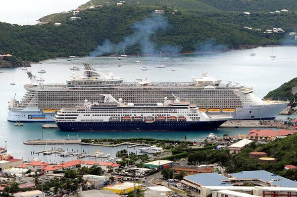 Old ships vs new ships what 39 s in a cruise ship 39 s age for Top small cruise lines