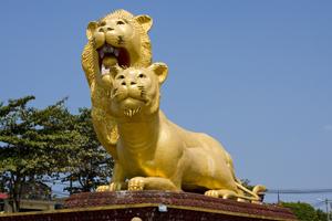 sihanoukville-cambodia-lions-come-aboard-cruise-holland-america-zaandam-asia