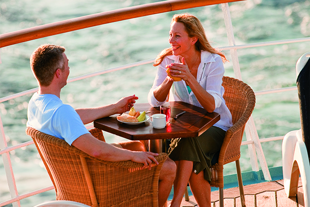 Windstar Cruises couple dining