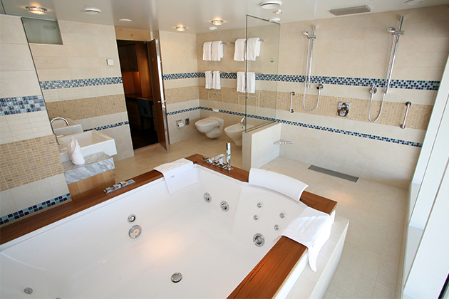 6 best cruise ship bathrooms cruise critic for Royal whirlpool baths