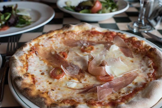 Alfredo's Pizzeria onboard Regal Princess.