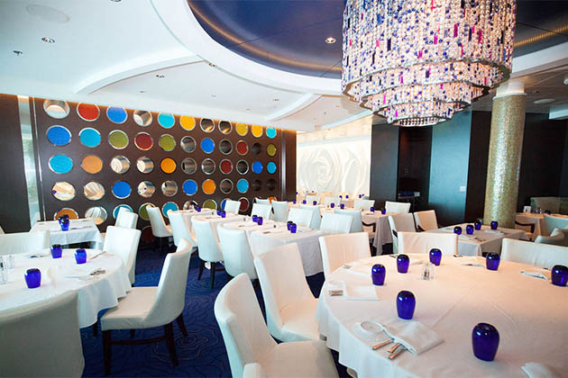 BLU Restaurant Menus and Food - www.travellove.one - YouTube