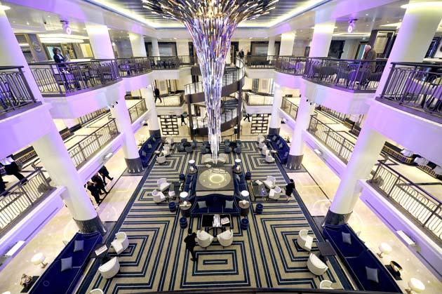 5 best britannia cruise tips cruise critic for P o britannia dining rooms