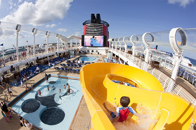 Disney Fantasy - Pool