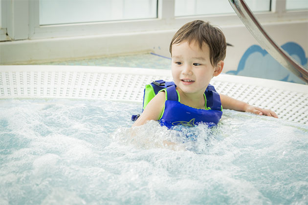 5 Reasons Kids Shouldn T Be Allowed In Cruise Ship Hot Tubs