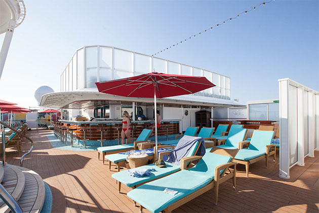Norwegian Breakaway - Vibe Beach CVlub