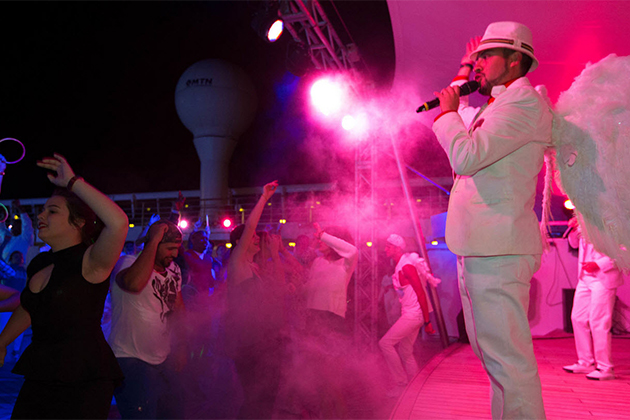 White Hot Party on Norwegian Sky