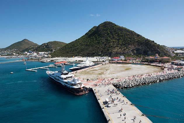 Caribbean port of St. Maarten.
