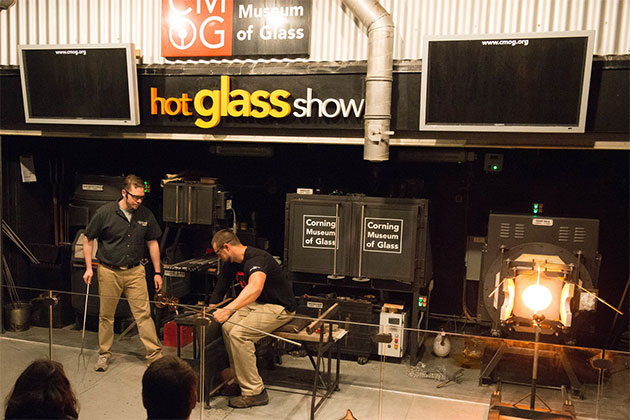 Celebrity Solstice - Hot Glass Show