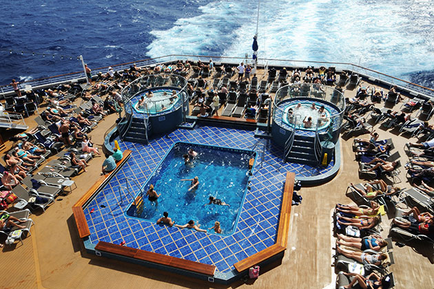 Carnival Splendor - Aft Pool