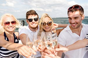 What Type Of Cruise Is Best For 20 Somethings