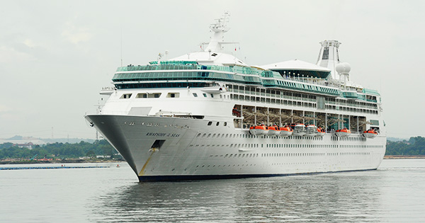 Pengers Forced To Cut Cruise Short After Wave Damages Cabins On Rhapsody Of The Seas