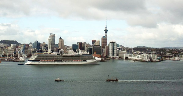 Celebrity Cruises Excursion Bus Accident in New Zealand ...
