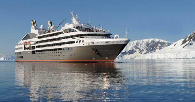 L'Austral cruise megayacht